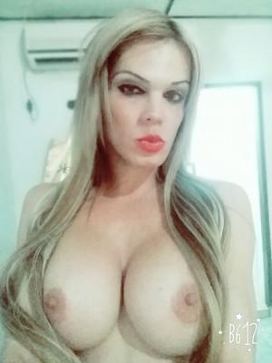 disponible en viña del mar☆ven y prueba una rubia transexual colombiana y bien caliente